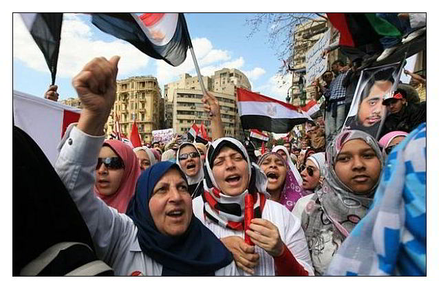 Arab-Spring-women-Egypt web