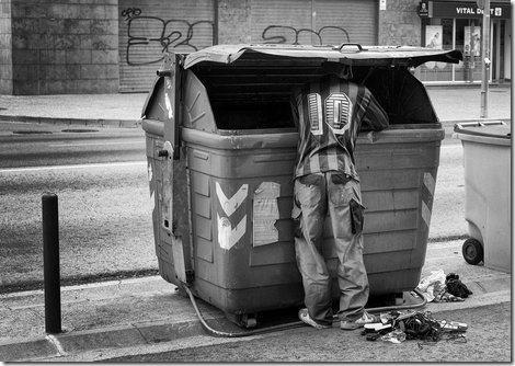 homem lixo