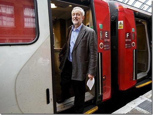 corbyn-train-web