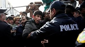 imigrantes-policia-web